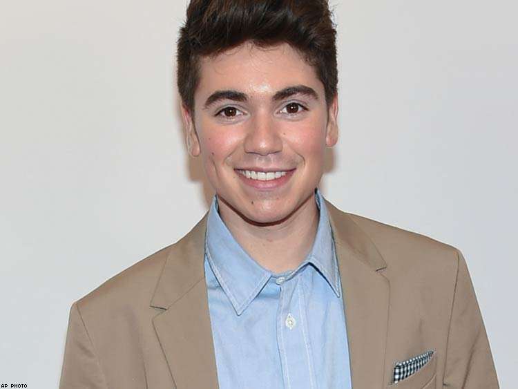 Noah Galvin Apologizes to Colton Haynes, Bryan Singer | Advocate.com: www.advocate.com/television/2016/6/09/noah-galvin-apologizes-colton...