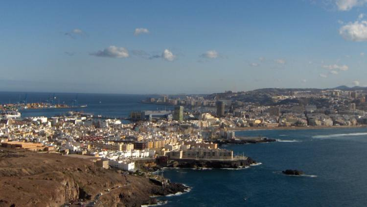 Three Charged With Harassing Gay Couple on Way to Canary Islands
