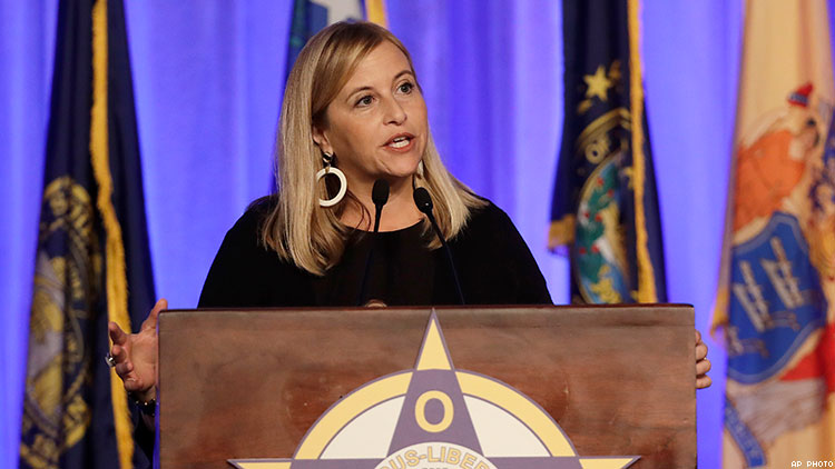 Nashville's Democratic mayor resigns after affair, pleads guilty to felony theft charge