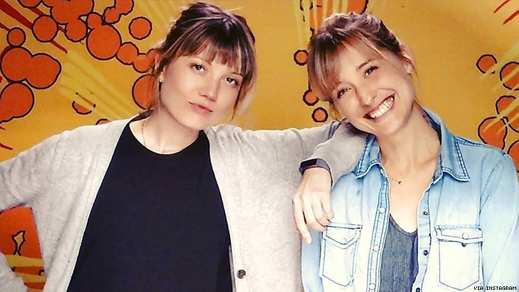 Allison Mack, Nicki Clyne