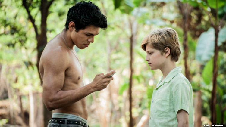 Young Love Blooms Among the Lemons in 'Cuernavaca'