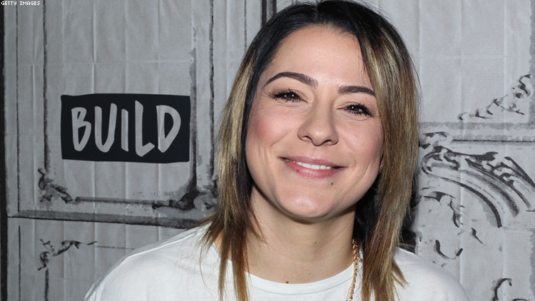 UK Singer Lucy Spraggan Is Out Paving 'Paths of Visibility' for Others