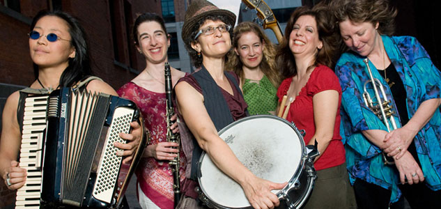 9 Isle Of Klezbos All Women Klezmer Sextet