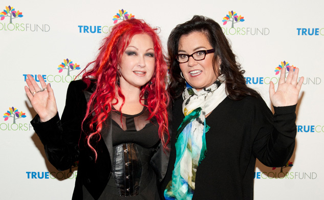 Red Carpet   Cyndi Lauper With Rosie.JPG633
