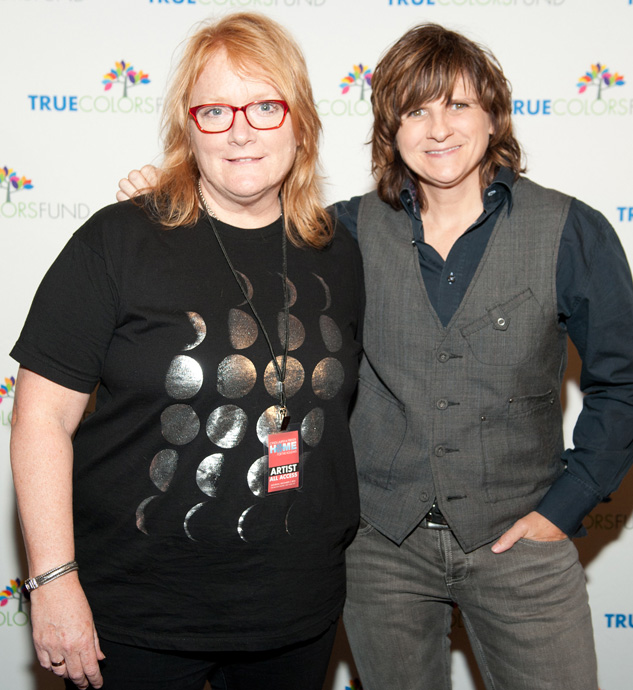 Red Carpet   Indigo Girls633 0