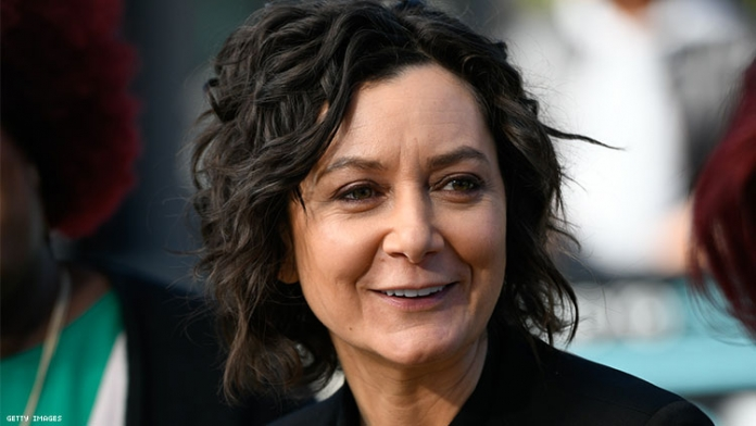 Sara Gilbert Tearfully Announces She's Departing 'The Talk'