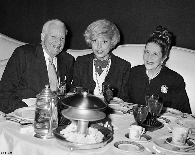 Carol Dines with Alfred Lunt and Lynne Fontanne