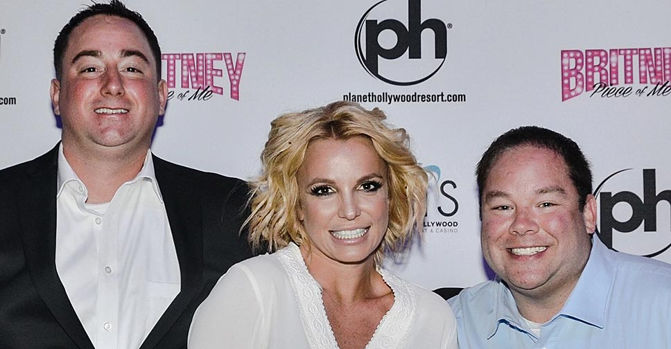 Britney Spears Toasted These Gay Newlyweds Signed Their Wedding Certificate 0