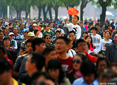 Poll: Many Young Chinese Accepting of Gay People