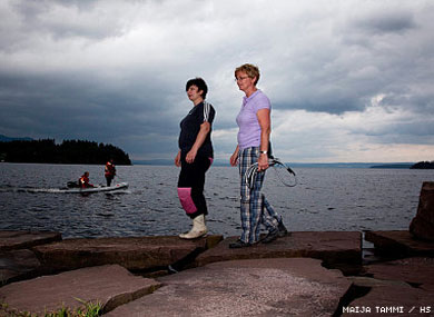 Lesbian Couple Save 40 From Norwegian Shooter