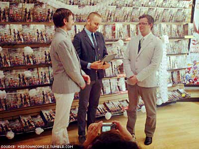 Shop Honors Comic Book Wedding With Real One