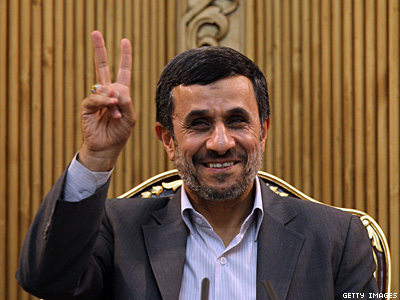 Ahmadinejad Calls Homosexuality Ugly and Only for Capitalists