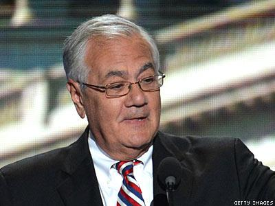 Barney Frank 'Strongly Opposes' Chuck Hagel for Defense Secretary
