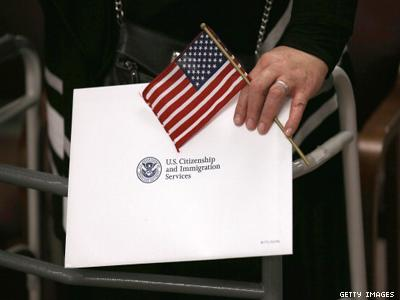 U.S.: One-third of LGBT Immigrants Are Undocumented