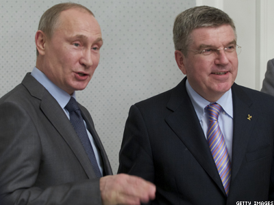 Putin Promises Gay Olympians Will Be 'Comfortable' in Sochi