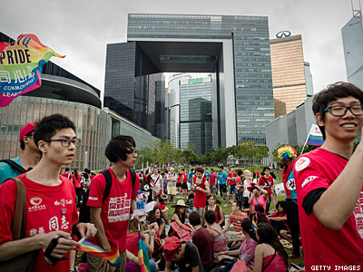 Forum Shows Key Role of Parents in Winning Rights for Gays and Lesbians in China