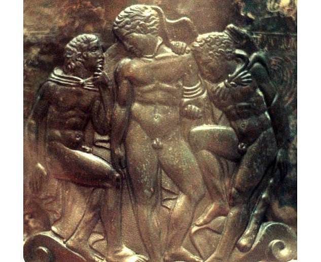 Heracles Iolaus And Eros   Cista Ficoronix633 0