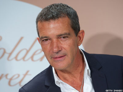 Antonio Banderas: Homophobes Are Mentally Ill