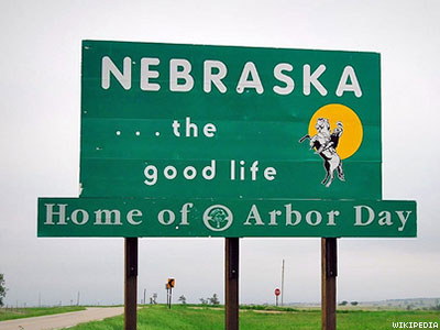 Neb. Refuses to Issue Driver's License With Lesbian's Married Name