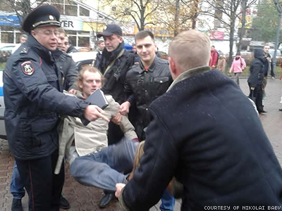 WATCH: Coming Out Day Arrests Are Proof Putin Wants to Turn Back Time