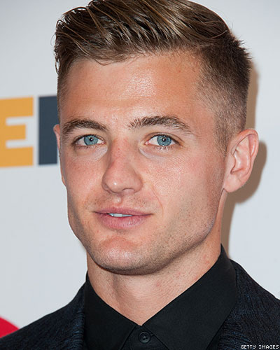 Soccer: Robbie Rogers Will Stay in Los Angeles