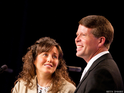 WATCH: Duggars Claim Petition Against Show Is Gaining Them Fans