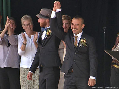 The Couple Who Took Down Utah's Same-Sex Marriage Ban Get Wed