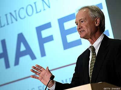Lincoln Chafee Hopes to Win Over Democrats Looking Left of Hillary