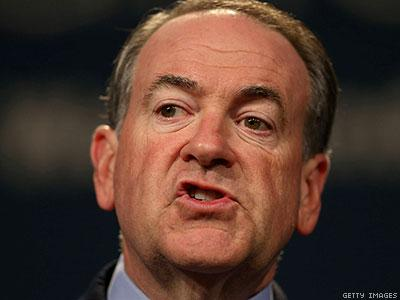 Mike Huckabee Transphobia Fallout Continues: Nonprofit Cancels Speech Invite