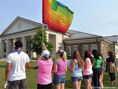Three Kentucky Counties Still Holding Out on Marriage Equality
