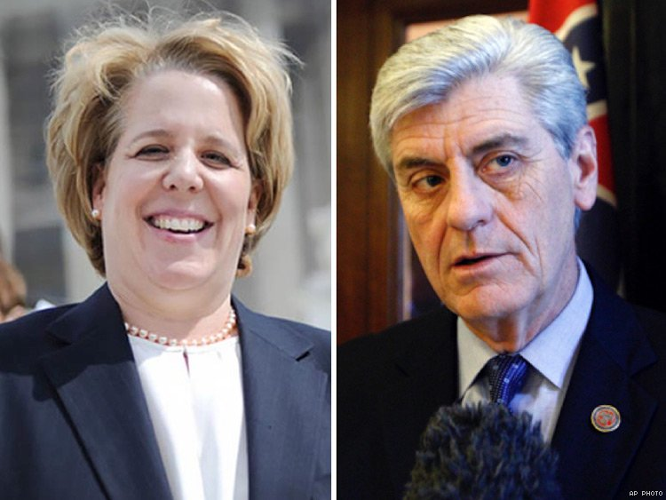 Roberta Kaplan and Mississippi Governor Phil Bryant