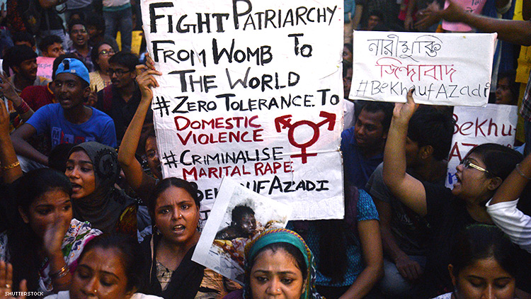 INDIAN WOMEN PROTEST