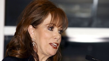 Jackie Collins Takes on Hollywood