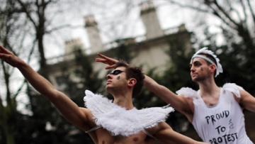 PHOTOS: Protesting Russia's Laws in Tutus and Toe Shoes