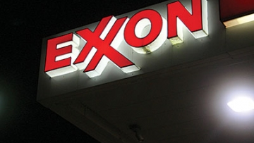Time to Cancel Exxon's Government Contracts