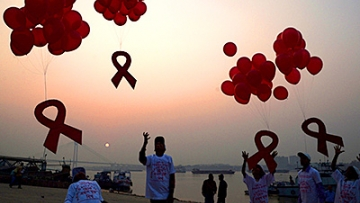 PHOTOS: World AIDS Day 2014