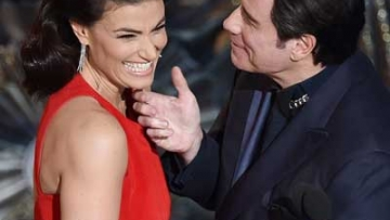 Best Tweets: Travolta Out Memes Himself at the 2015 Oscars