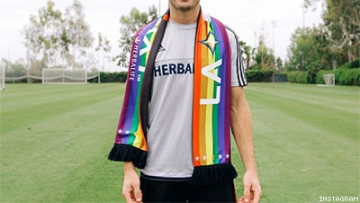 Robbie Rogers Will Be Extremely Flamboyant at World Cups
