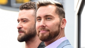 Lance Bass Gives Shout Out to LGBT Fans During Walk of Fame Induction