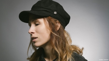 Lesbian Singer-Songwriter Rejects Christian Shame in New Song