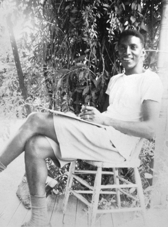 A moment of relaxation in the early 1940s. Courtesy Bayard Rustin Estate.