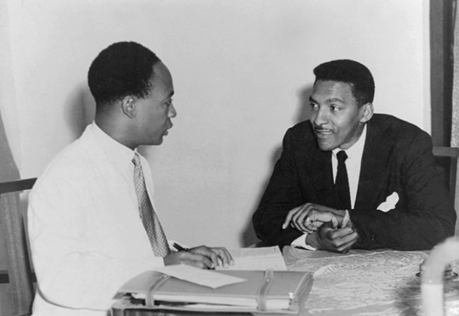 Meeting with Kwame Nkrumah in Accra, Ghana, 1952. Courtesy Fellowship of Reconciliation.