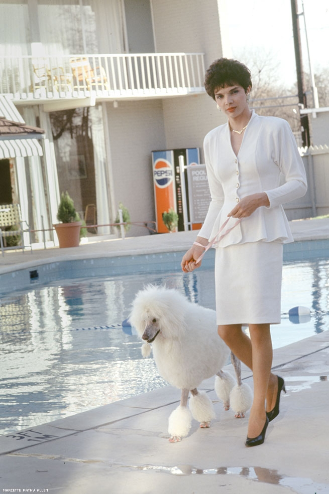 Mariette Pathy Allen, Cori and poodle, 1987. Courtesy of the artist.