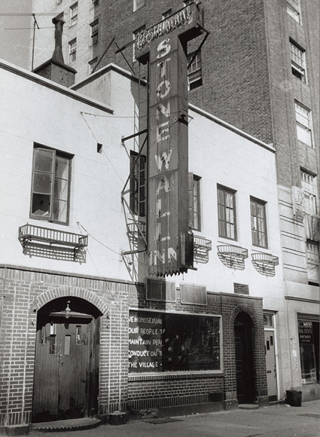 Stonewall Inn, 1969. Photograph by Diana Davies. Courtesy of New York Public Libraries Manuscript and Archives Division.