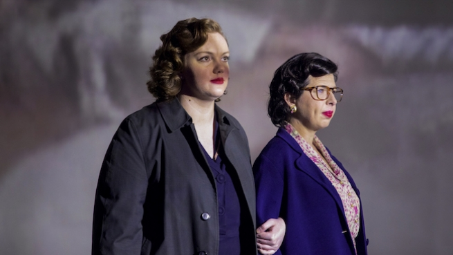 Shannon Purser & Heather Matarazzo as Del Martin & Phyllis Lyon